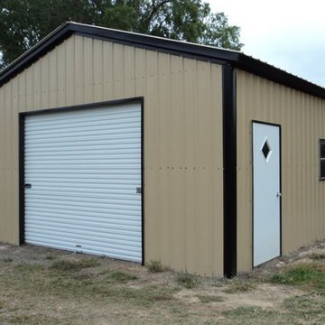 If you are starting a new business, rather than go through the long, and sometimes expensive, process of building or renovating a traditional office space, consider using a prefabricated steel metal commercial building instead.   Benefits of prefabricated